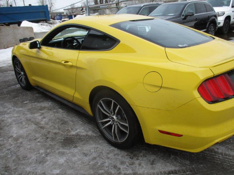 Ford Mustang 2016 - Yellow